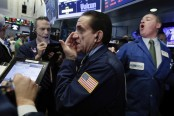 Apple drives Dow above 22,000 even as other stocks struggle