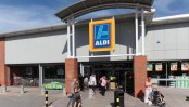 Aldi pulls eggs from German stores over insecticide scandal