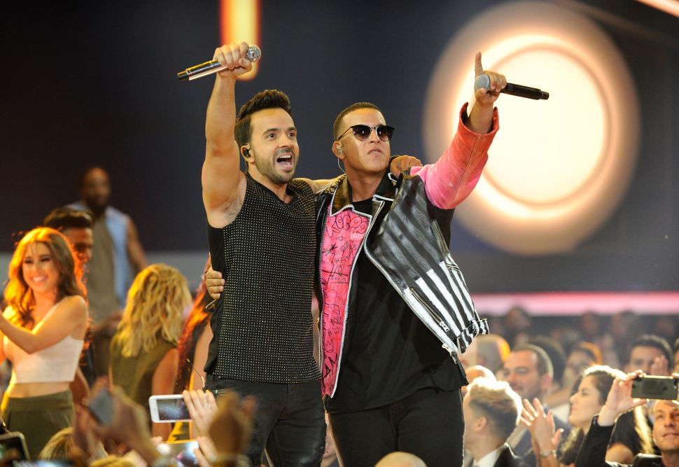 Hit song 'Despacito' becomes most viewed video on YouTube (Video)