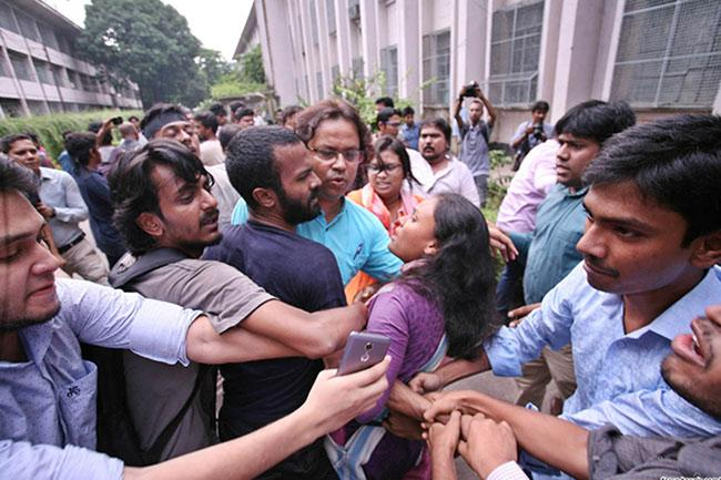 DU assistant proctor in trouble over alleged sexual harassment