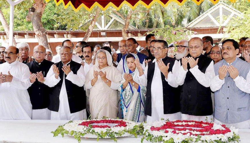 Prime Minister pays homage to Bangabandhu at Tungipara