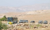 Syrian rebels leave Lebanese border area after truce deal