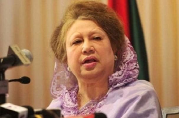 Stand beside flood-hit people, Khaleda asks BNP followers
