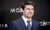 Tom Cruise breaks ankle as stunt goes wrong