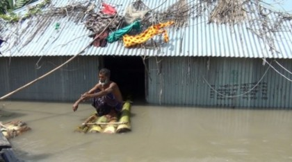 Flood situation starts improving in north