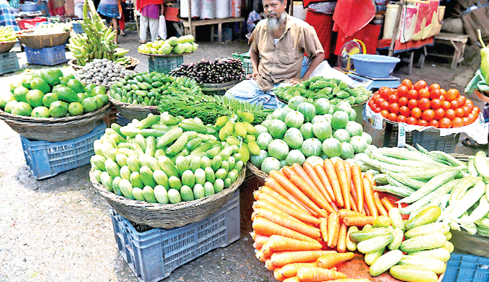 Price of essentials marks sharp rise amid flood