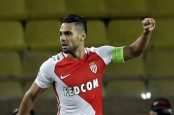 Falcao scores again as Monaco wins at Metz in French league