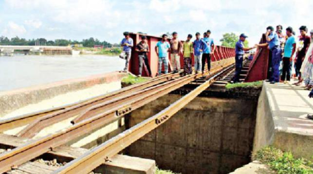 Dhaka's rail link with northern, southern districts resumes