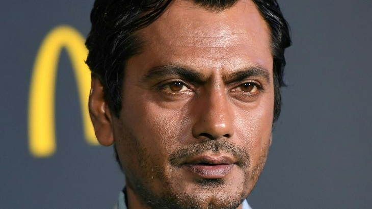 Nawazuddin got his first job as a security guard in a factory!