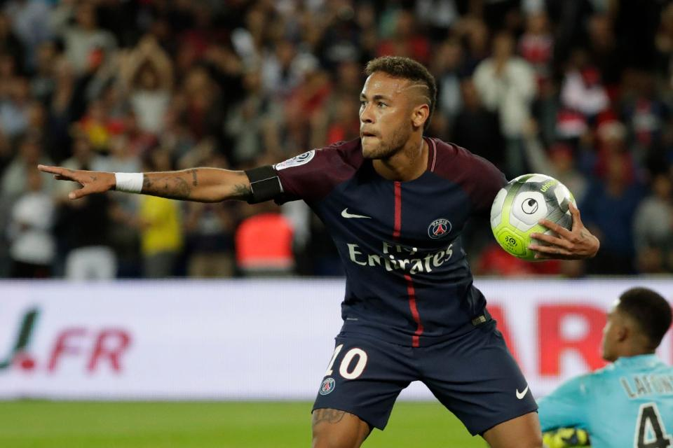 Neymar scores twice in PSG home debut in 6-2 win over Toulouse