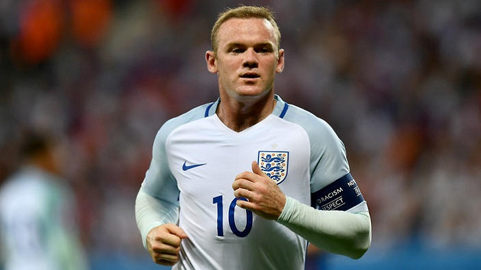 Wayne Rooney ends international career