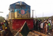 Rail links with Khulna partially restored after 11-hour