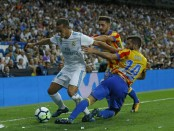 Real Madrid held 2-2 by Valencia in home opener