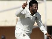 Shakib's five-for gives Bangladesh 43-run lead