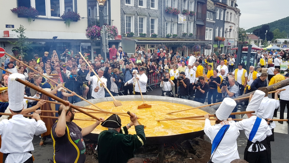 This 'eggstremely' big omelette is made of 6,500 eggs