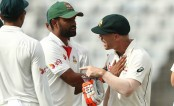 Warner, Lyon put Australia back on track