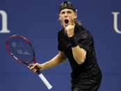 Canadian teen Shapovalov ousts Tsonga at US Open