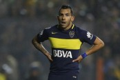 Fit-again Tevez back in China after Argentina stay