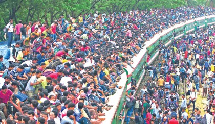 People brave risk for Eid journey