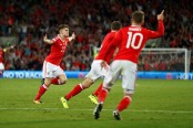 Ben Woodburn's debut scorcher gives Wales vital victory against Austria
