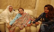 Priyanka Chopra spends time with Dilip Kumar, Saira Banu