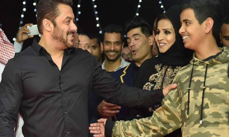 Salman Khan launches driving centre in Dubai