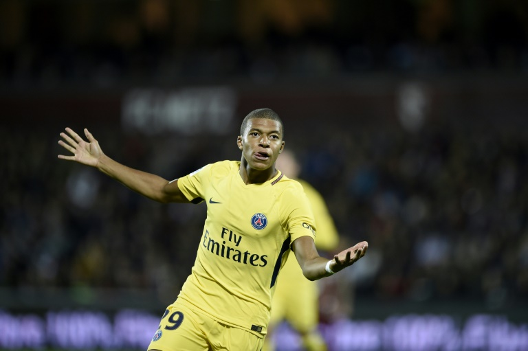 Mbappe scores as PSG thrashes Metz 5-1 in French league