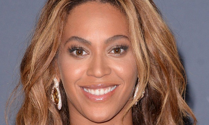 Beyonce returns to Houston to help victims of Hurricane Harvey