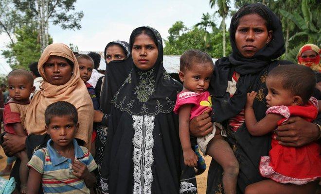 UN says 313,000 Rohingya have fled to Bangladesh