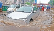 Heavy rain brings Dhaka to a halt