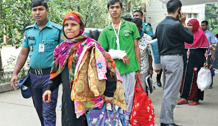 Sending Rohingyas to camp after medical treatment