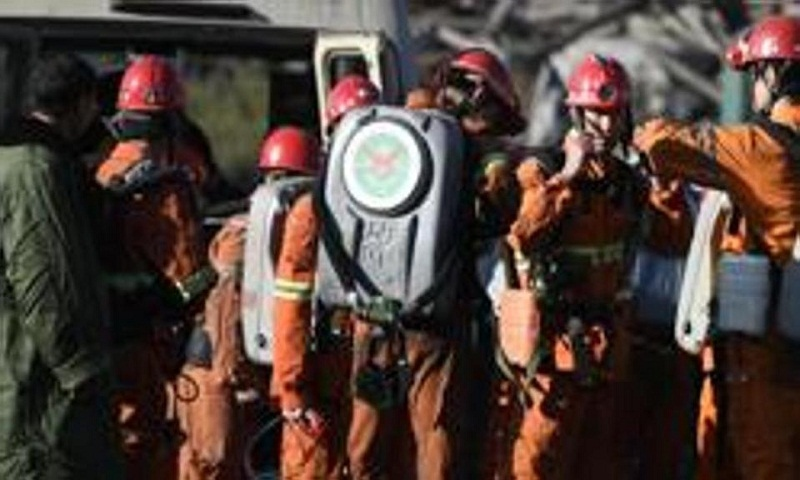 9 killed, 9 trapped in China mine, tunnel accidents