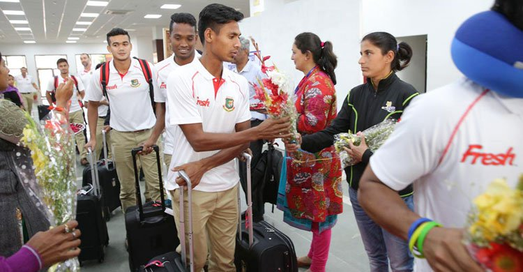 Tigers leave for South Africa today
