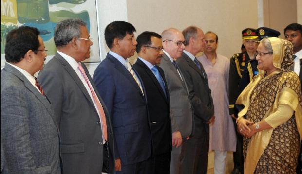 Prime Minister reaches Abu Dhabi