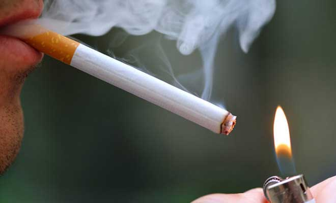 Smoking and HIV may cause lung cancer says a study