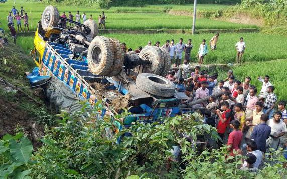 9 killed as relief-laden truck falls into ditch in Bandarban