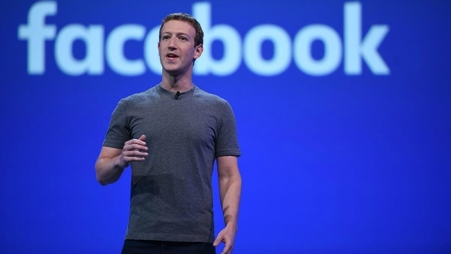 Facebook backs off plan for non-voting shares