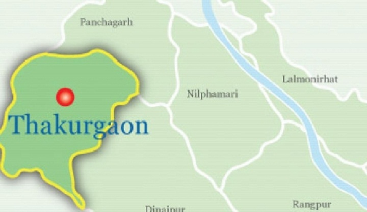 2 killed in Thakurgaon road crash