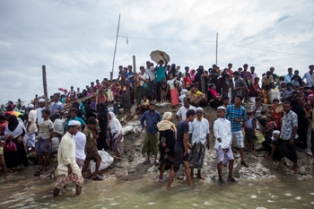 1st consignment of Unicef emergency supplies for Rohingyas arrives