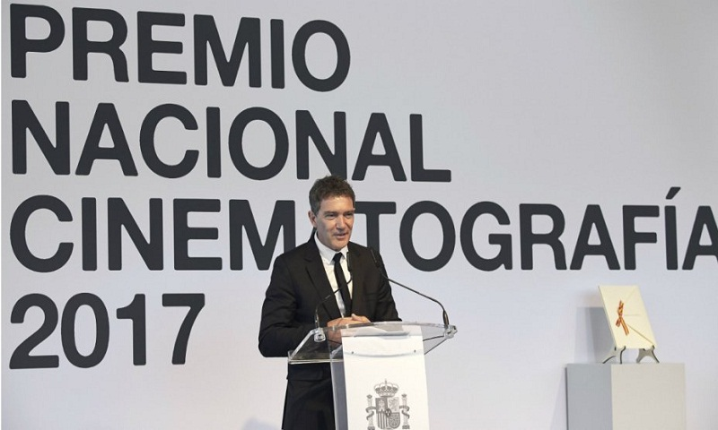 Antonio Banderas defends Spain at National Prize Ceremony