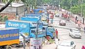 Trucks stage comeback on Tejgaon road