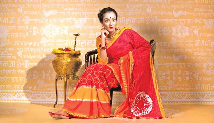 Durga Puja In Flamboyant Fashion