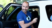 Uber boss says sorry over London 'mistakes'