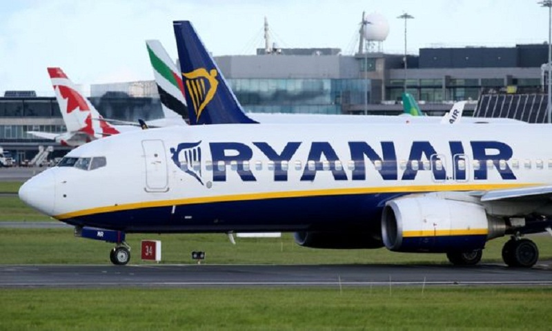 Ryanair threatened with legal action by UK regulator