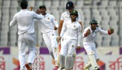 Bangladesh win toss, put South Africa in to bat