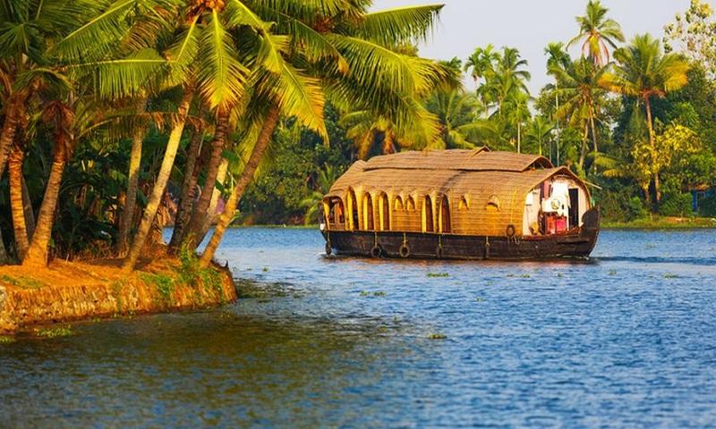 Kerala – soaking up the sun