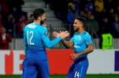 Giroud scores 100th goal for Arsenal in 4-2 win over BATE
