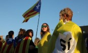 Catalonia referendum: Thousands turn out for closing rally