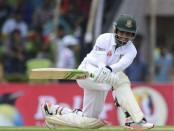 Mominul hits fifty, Bangladesh cross 200