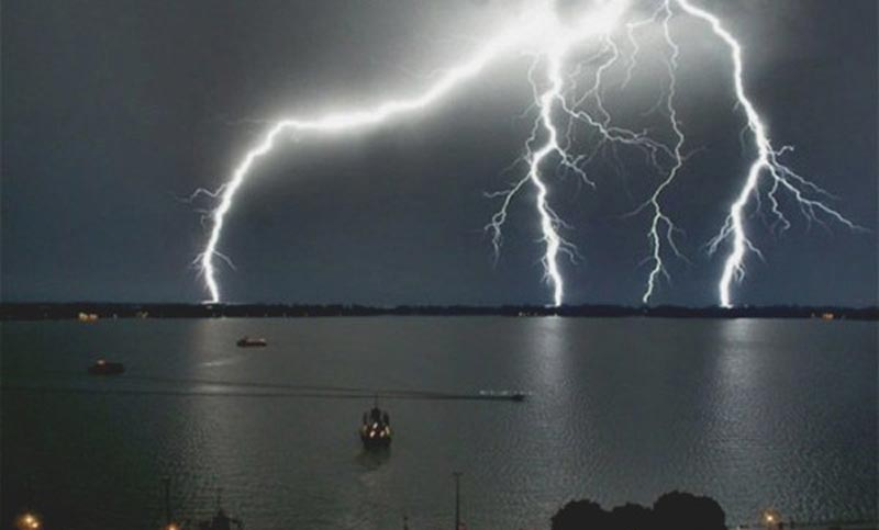 Lightning kills 3 fishermen in Rajshahi